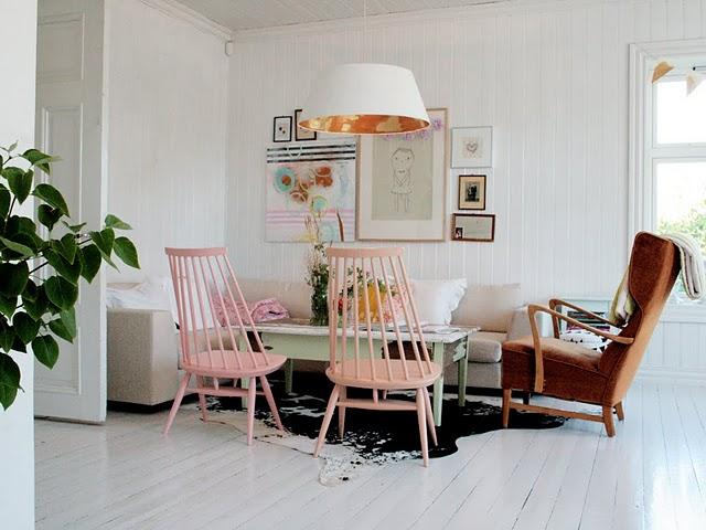 FRYD-livingroom1