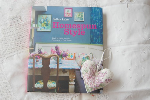 Homespun style by Selina Lake