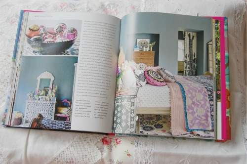 Bedroom in Homespun Style by selina lake